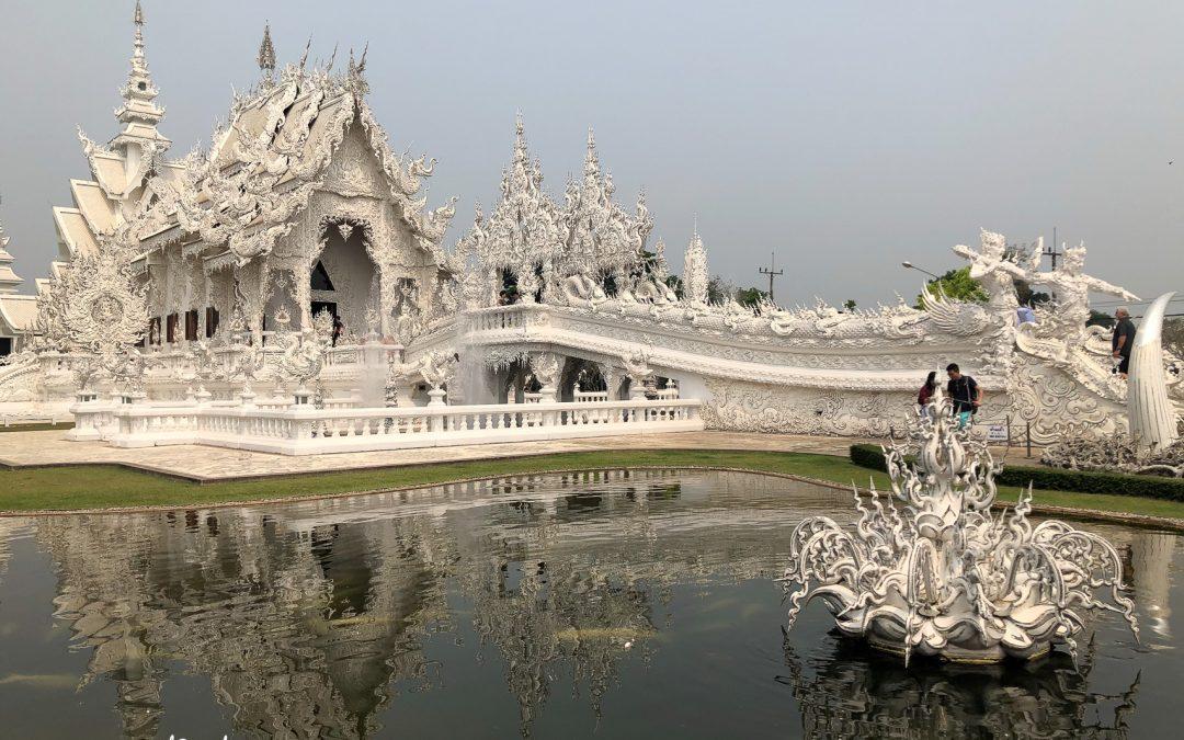 The Bizarre Temple of Chiang Rai – Wat Rong Khun